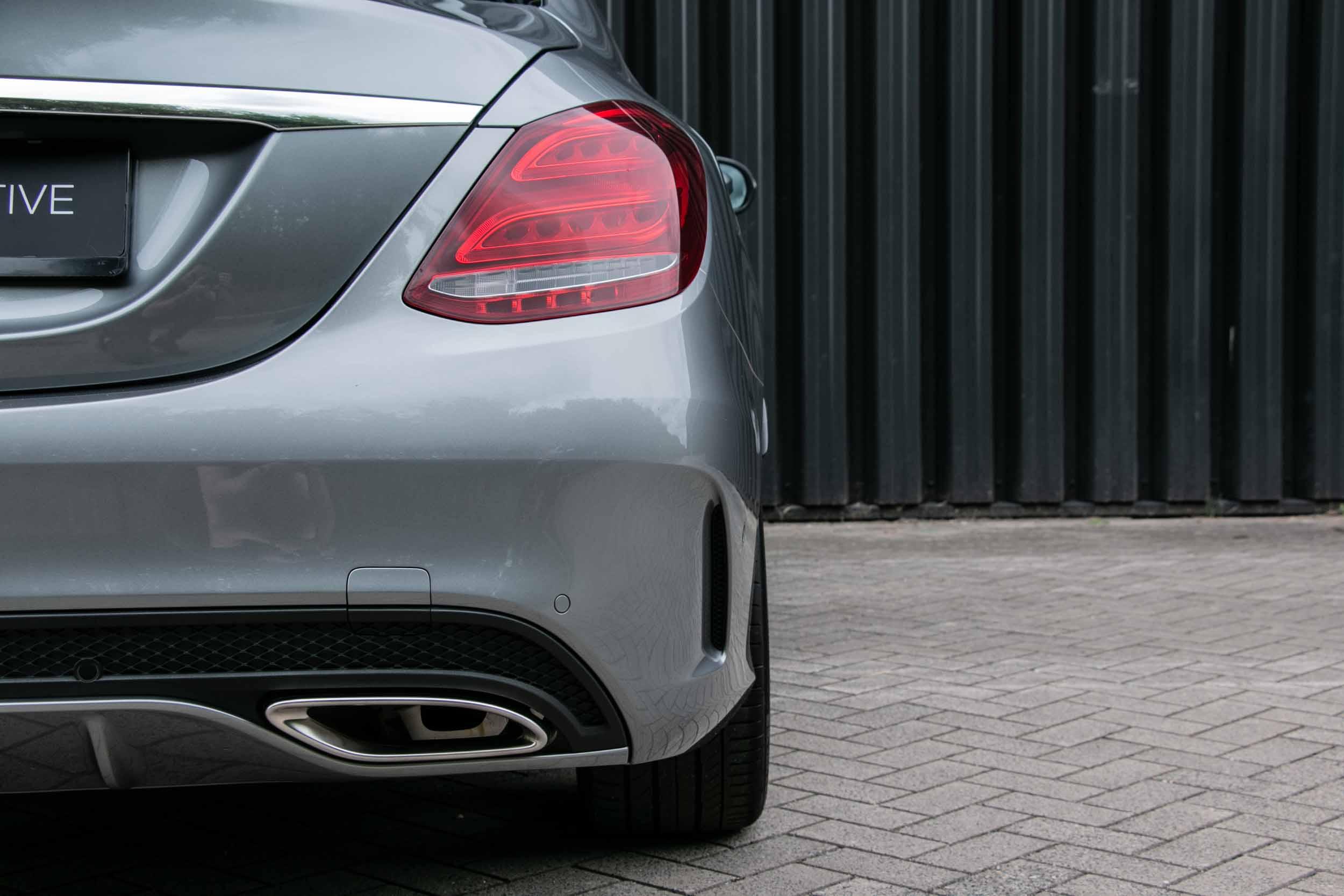 PURE_Mercedes_C200_AMG-14