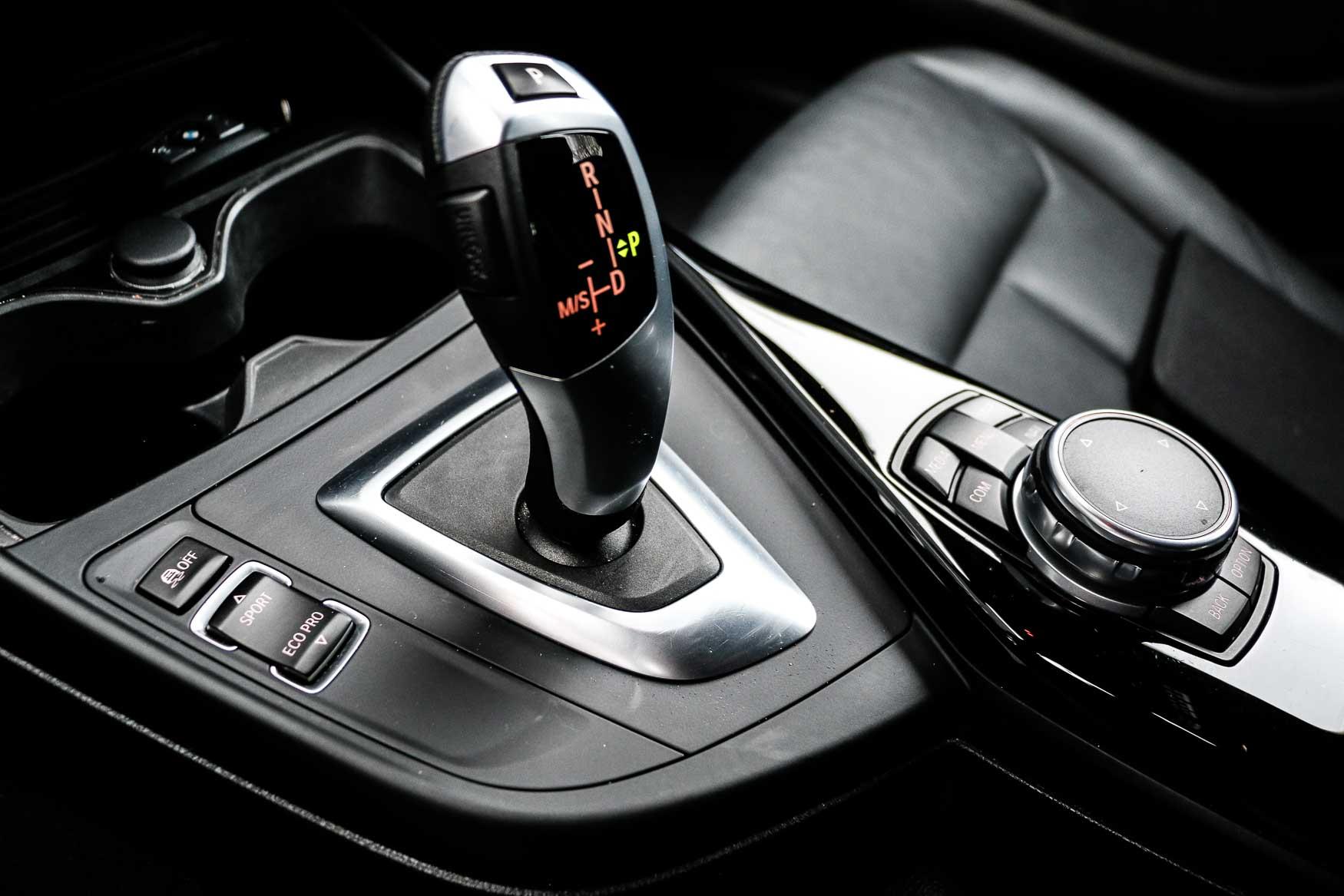PURE_BMW118i-18