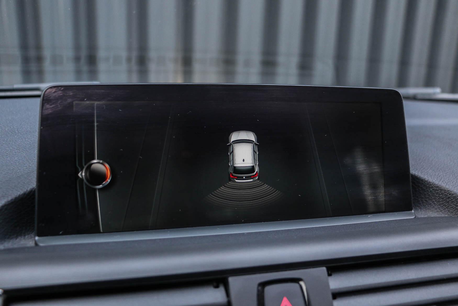 PURE_BMW118i-35