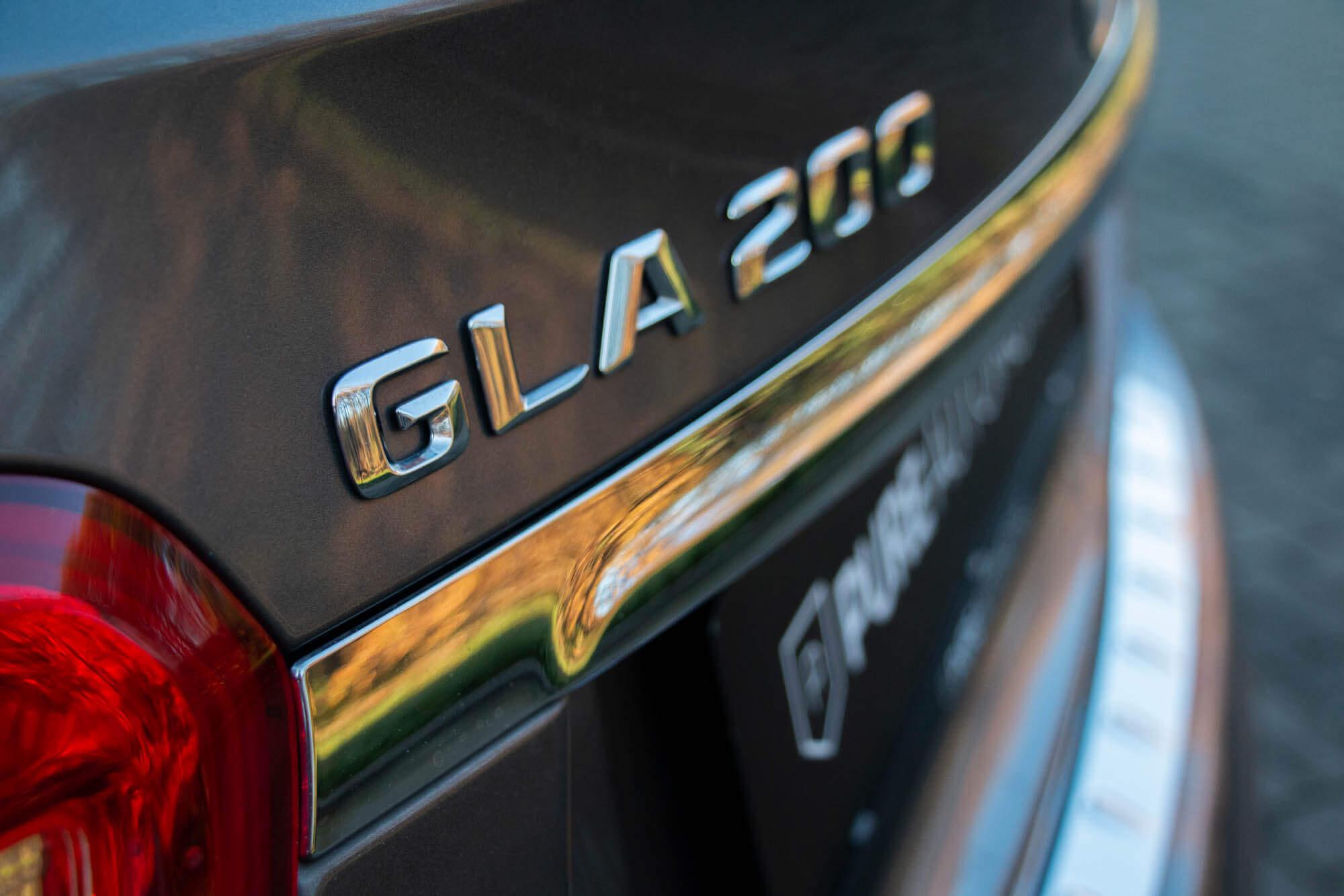 GLA200AMG-9
